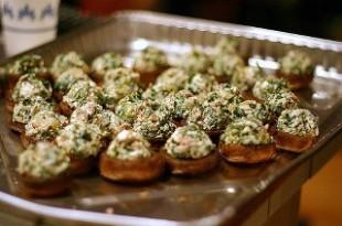 Grillowane faszerowane pieczarki