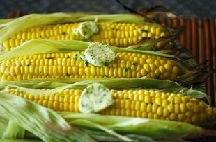 Grillowane kolby kukurydza