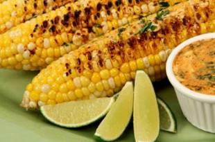 grillowane kolby kukurydzy z masłem pepperoni