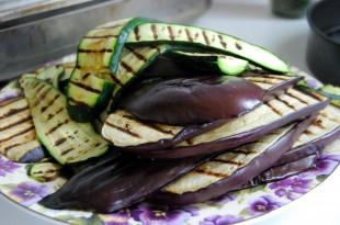 Lekka potrawa z grillowanych warzyw