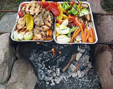 grill-z-kurczakiem-i-warzywami-na-wsi